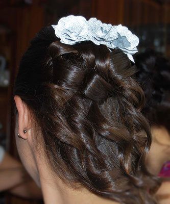 boda-gema&alberto-detalle-horquilla-flor-papel-rosa