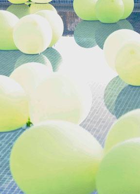cóctel-S&J-globos-piscina