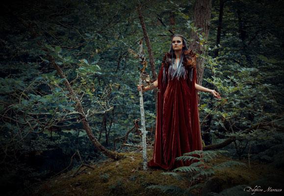 La gardienne de la forêt / The guardian of the forest