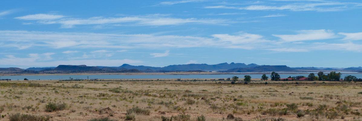 Blick auf den Gariep Damm