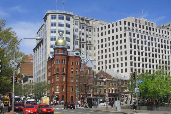 unterschiedliche Architekturwelten in der 7th Street