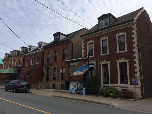 Das HI-Hostel als Beispiel des Halifax House Styles