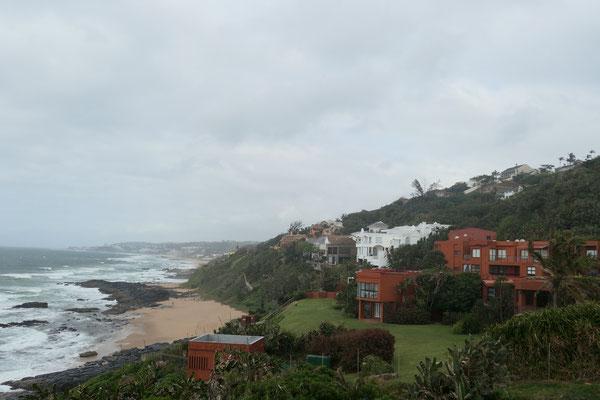 Sicht entlang der Küste