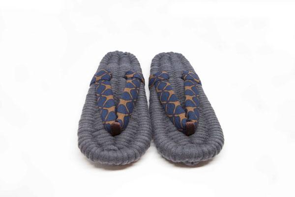 "* room sandal ""MERI"" - grey/clover -"