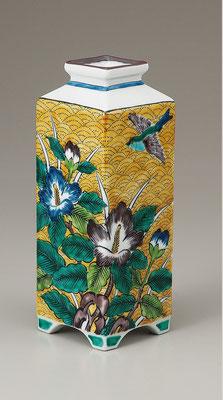 "*Kutani ware Flower Vase ""Yoshidaya"""