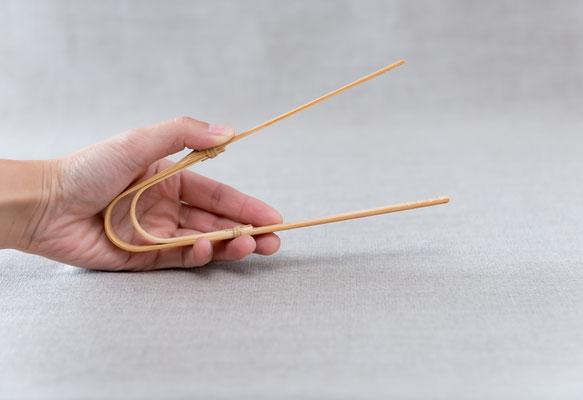 *18,5 cm Bamboo bent tong