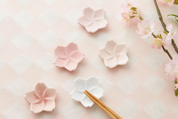 "*MINO-yaki chopstick rest ""cherry blossoms"""