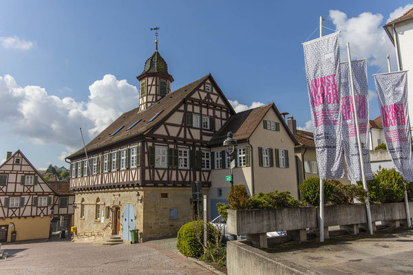 Das Fachwerk-Rathaus am Waldenbucher Marktplatz