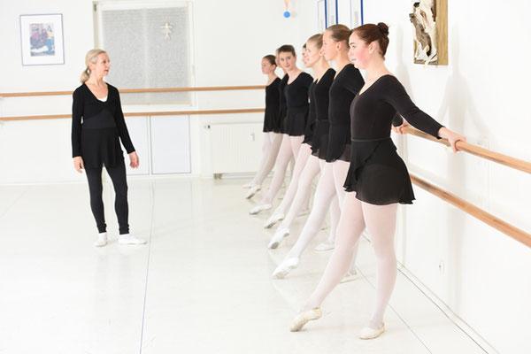 Jugendliche Training Klassisches Ballett