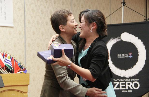 チュゥッ Y吉賞の澤井Y あとY吉賞は熊本Y そして最優秀Y吉賞は竹園Yでした。