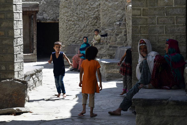 Dorfleben in Altit
