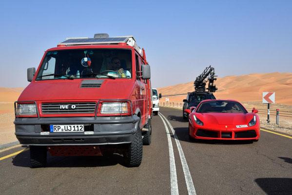 am Bollywooddrehort mit Ferrari und Salman Khan Stuntman