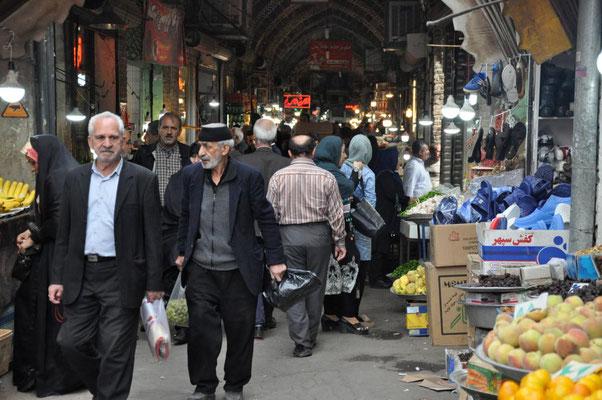Eingang zum Basar in Tabriz