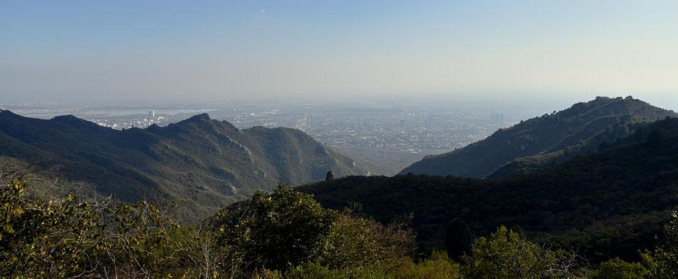 Blick aus den Margalla Hills auf Islamabad