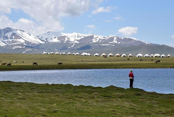 Jurtencamp für Touristen - also nichts für uns