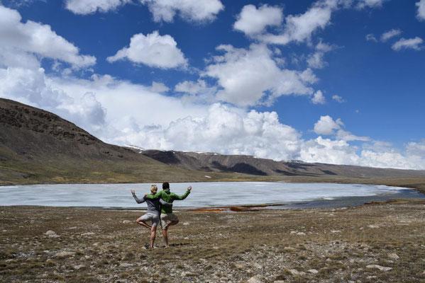 am zugefrorenem See auf 3800 Meter