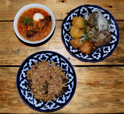 kirgisisches Essen (Plov = links unten; Kurdak = rechts oben; Dolmo = links oben)