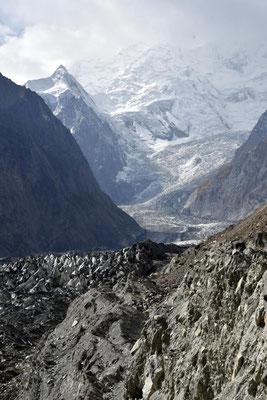 der geschrumpfte Gletscher von Hoper