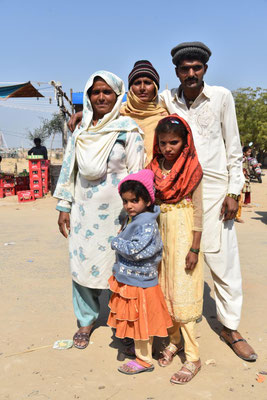 Familie in Cholistan