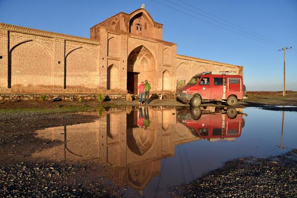 toller Schlafplatz an einer restaurierten Karawanserei bei Qom