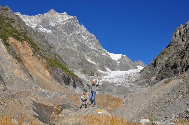 am Chalaadi Gletscher