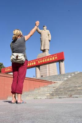 High 5 mit Mao