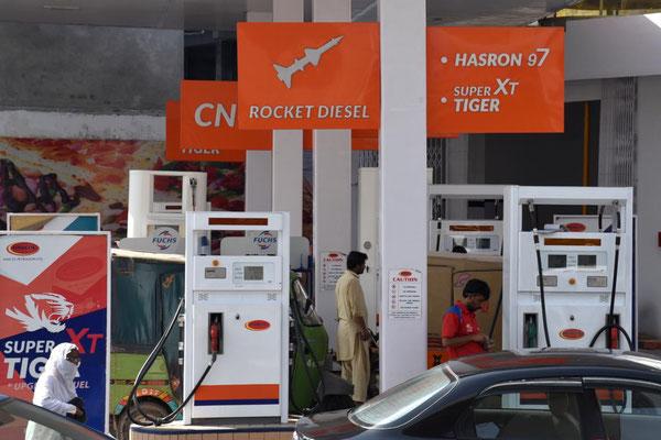 Raketentreibstoff an der Tankstelle
