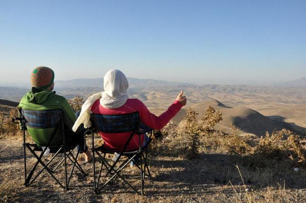 nach der ersten Nacht im Iran - auf 2500 m und 8 Grad
