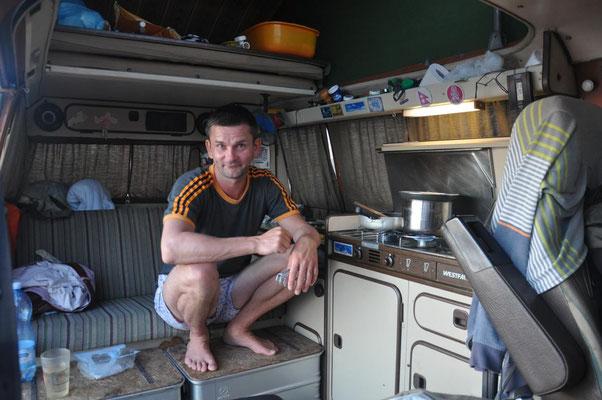 Janus beim Kochen 2
