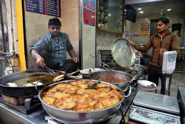 Essensverkäufer - diesmal Fettfladen