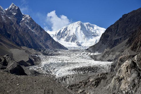 Passu Gletscher vom View Point aus