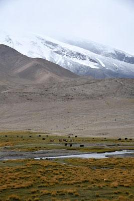 Landschaft auf dem Weg nach Tashkurgan