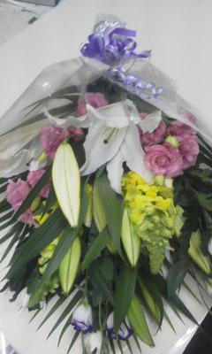 ご命日などの花束