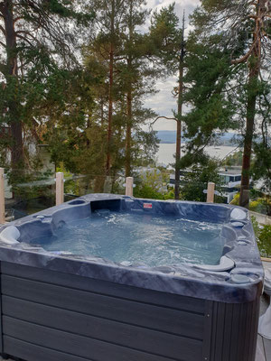 Jacuzzi in Airbnb bei Oslo