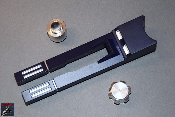 Build your own R2-D2 Ausgabe 40 Anbauteil linkes Bein und zwei Teile für das Lichtschwert (Kunststoff)