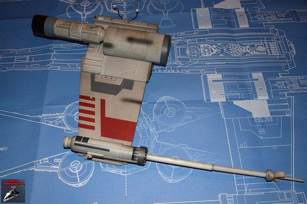 DeAgostini Bau deinen X-Wing Ausgabe 17 Der obere Steuerbordflügel ist fertig.