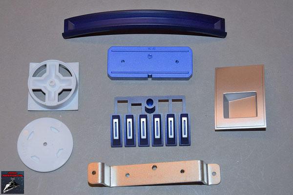 Build your own R2-D2 Ausgabe 80 Details für die Rumpfverkleidung und Knöpfe und Halterung für die Schaltplatine