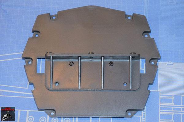 DeAgostini Bau deinen X-Wing Ausgabe 65 Die horizontale Verstärkung wird an die hintere Trennwand geschraubt