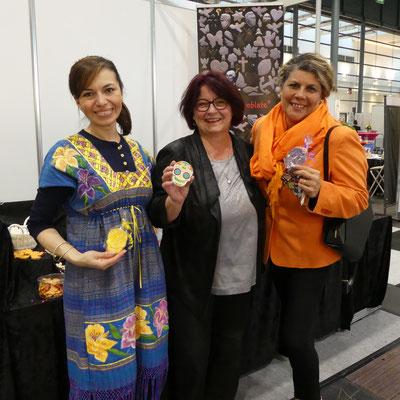 Frau López Olivera und Gabriela von den Freunden Mexicos
