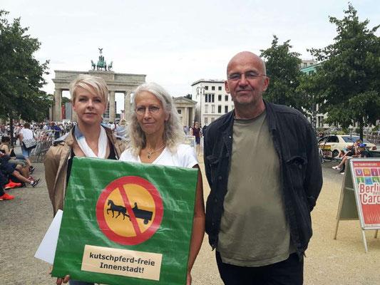 Pressetermin für ein Pferdekutschenverbot in Berlin