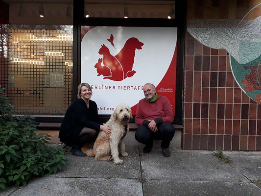 Besuch der Berliner Tiertafel in deren neuen Räume