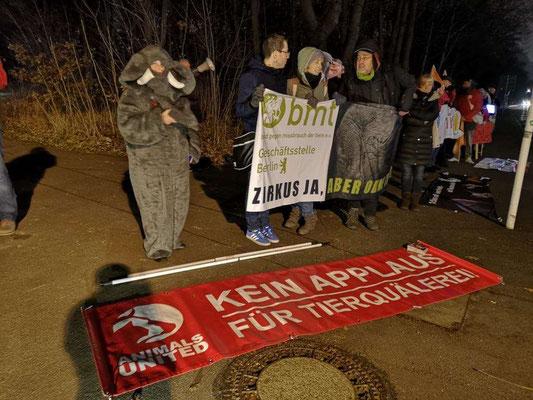 Demo gegen den Auftritte von Circus Voyage in Berlin
