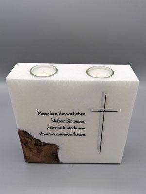 Gedenkkerze mit Teelichtern und Holzeinsatz, Spruch individualisierbar
