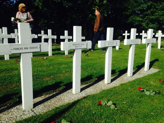 Tombes des soldats Morts pour la France