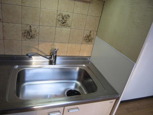 キッチン側面の防水板の補修