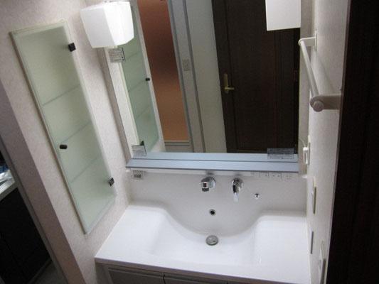 洗面台鏡清掃 水垢除菌洗浄 洗面台クリーニング