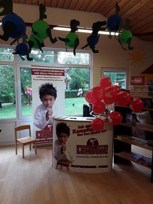 Besuch beim Tag der offenen Tür in Kindergärten