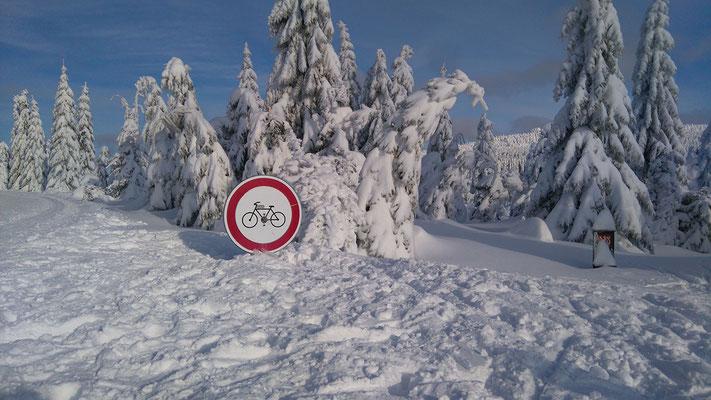 2 Meter Schnee