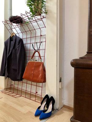 Die Garderobe war der erste Einkauf im Vintagestore.