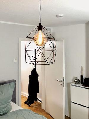 Die modernen Lampen im Retrostyle schlagen gekonnt eine Brücke vom vintage zum modern Style